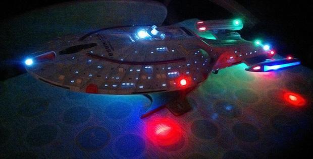 Star Trek Voyager Model Kit (Revell)